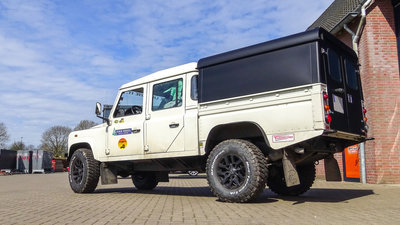 Tembo 4x4 hardtop LR130 with 2 doors/windows fr+rear/ no side windows